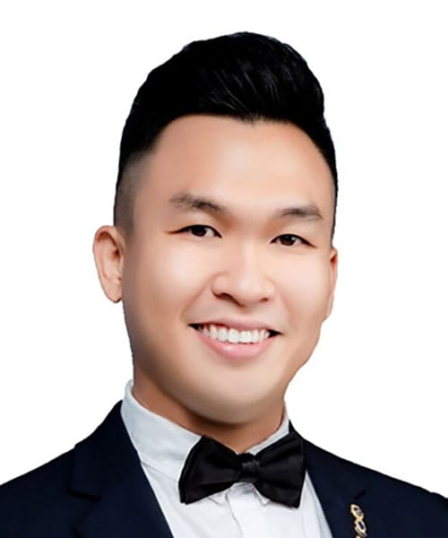 Chee Yee Leong
