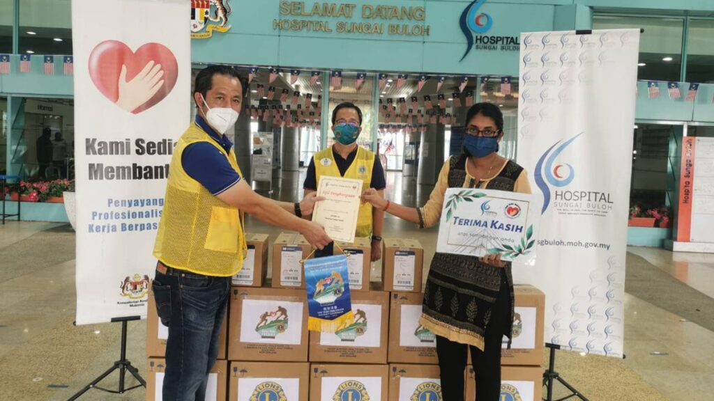 Lions Club of KL City had donated RM3K to support